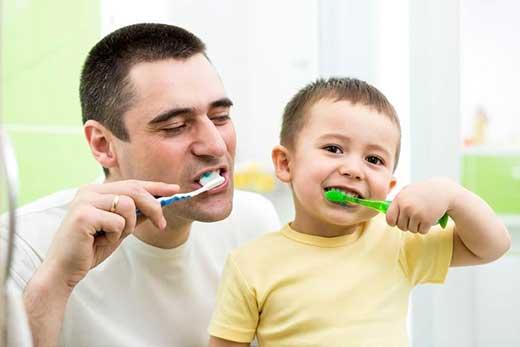 Okul Çağındaki Çocukların Dişlerini Koruma